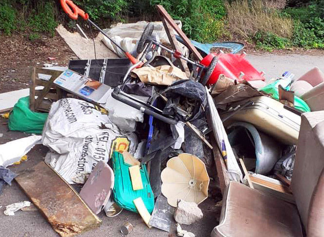 fly_tip02A